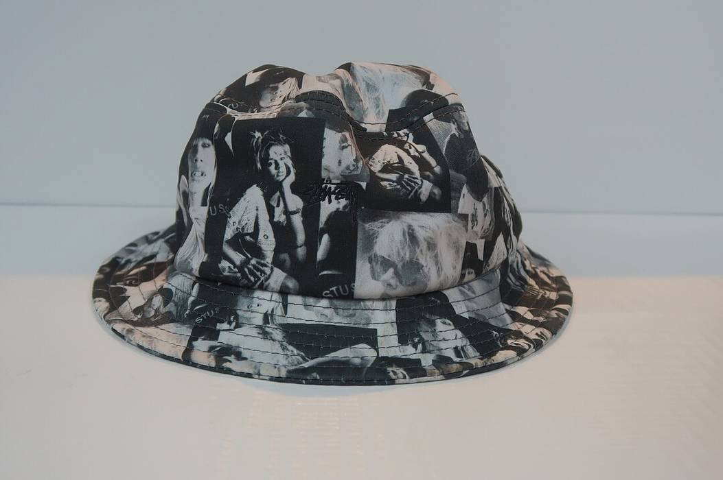 a04bf2f5a0e Stussy Stussy Black White Bucket Hat Size one size - Hats for Sale ...