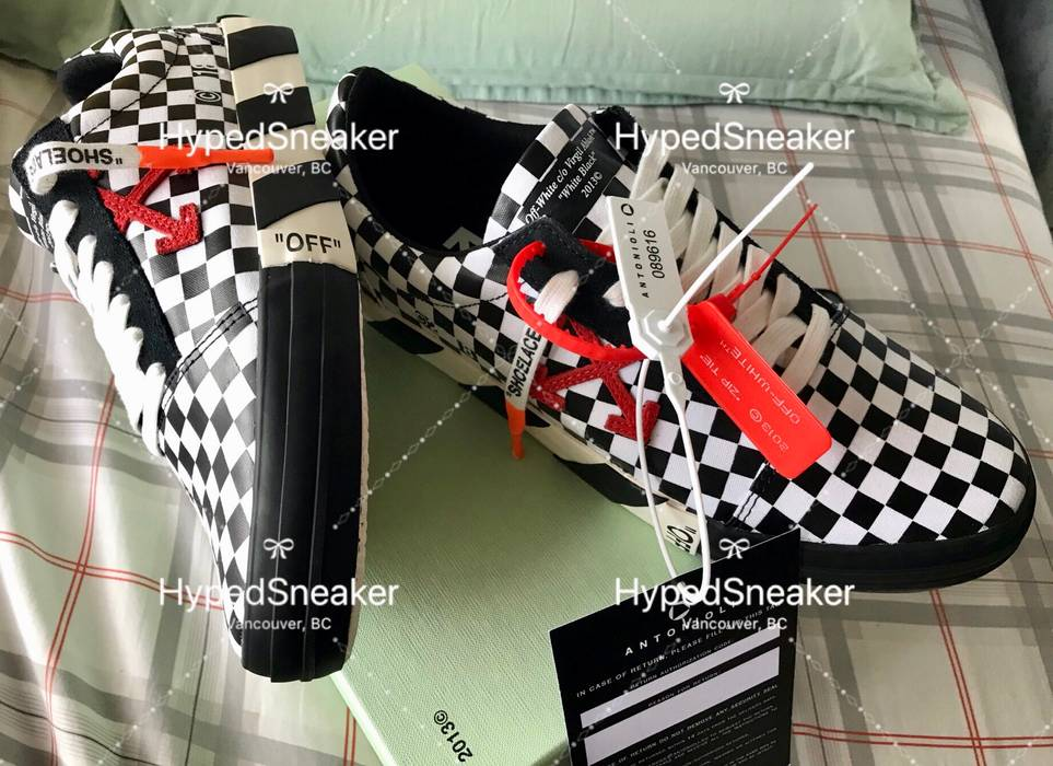 2b1aa53946f Off-White Off White Vulc Checkered Sneaker Size 10.5 - Low-Top ...