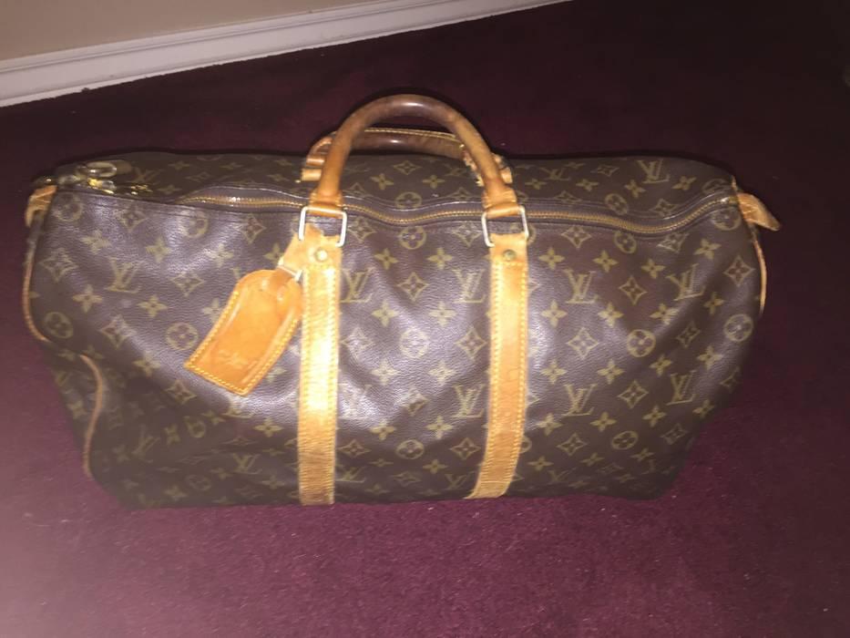 Louis Vuitton. Keepall 45 Duffle Bag Monogram Canvas (LAST DROP). Size  ONE  SIZE 79feffc8ff999