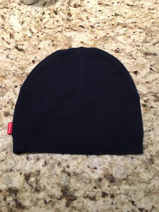 Supreme SUPREME NAVY BEANIE Size one size - Hats for Sale - Grailed bae6fcc3be6
