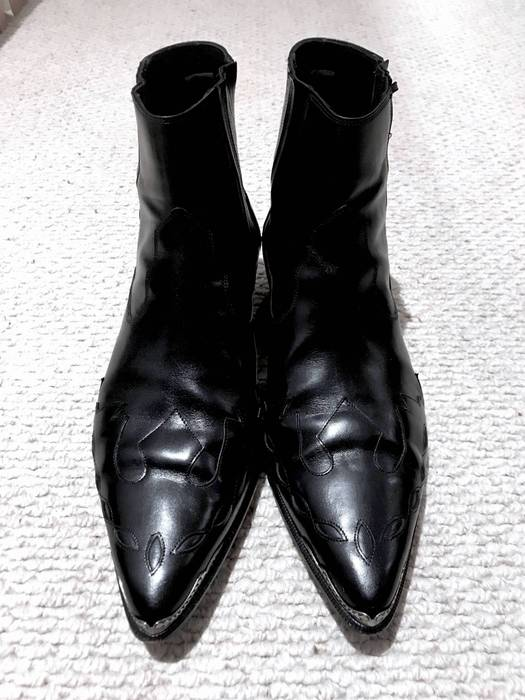 Saint Laurent Paris RARE DUCKIES 30 SILVER METAL TIPPED WESTERN CHELSEA  BOOTS IN BLACK CALFSKIN LEATHER 7eb833b81761