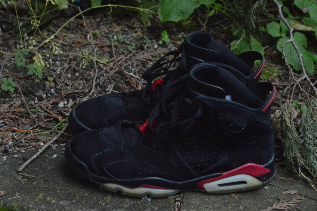 1b4e3a299a64e1 Jordan Brand Black Varsity Red 6 Size 11.5 - for Sale - Grailed