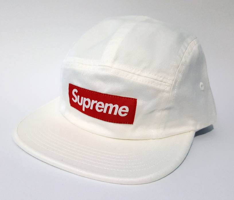 Supreme white bogo hat Size one size - Hats for Sale - Grailed 42bc88aa489