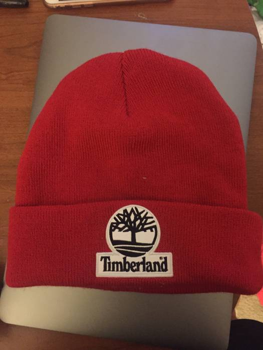 bbc90791afc Supreme Red Beanie Size one size - Hats for Sale - Grailed