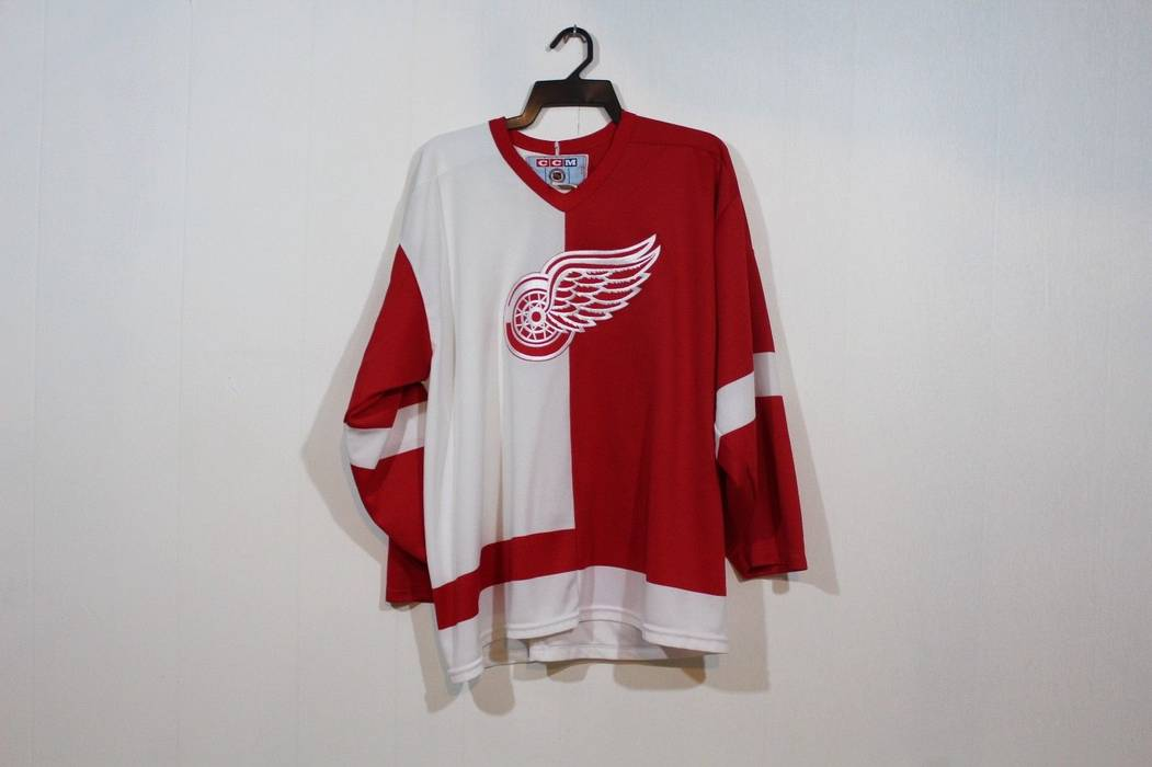 Vintage Vintage 90s CCM Detroit Red Wings NHL Hockey Jersey Mens XL Red  White Polyester Size 97e1c46d9