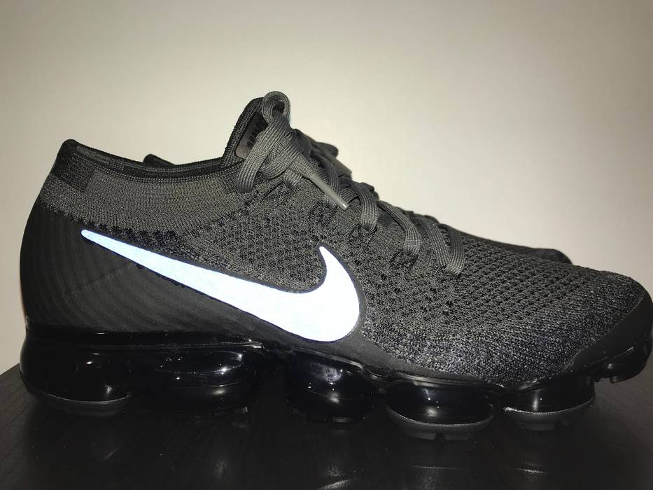 4254f053d69b4 Nike Nike Air Vapormax Flyknit Midnight Fog Size 10.5 - Low-Top ...