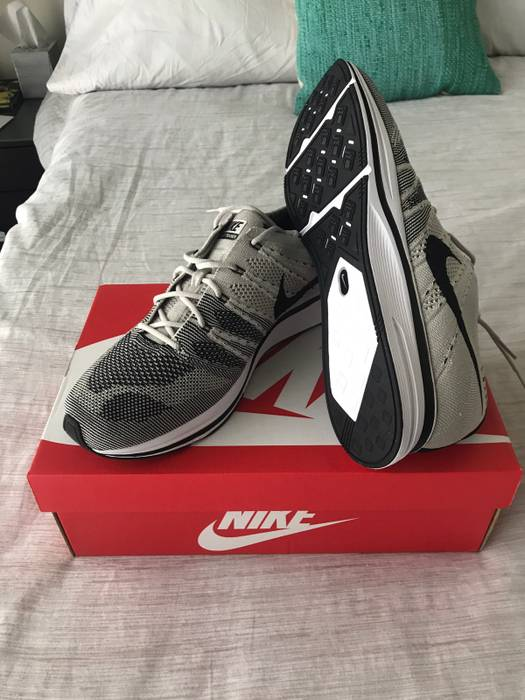 a4783adc7f0e ... new zealand nike nike flyknit trainer pale grey 12 yeknit size us 12 eu  45 1 ...