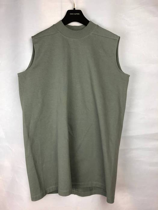 Rick Owens. Final Price New! SS17 Sleeveless Sweatshirt. Size  US S   EU 44- 46 ... 803caa05c