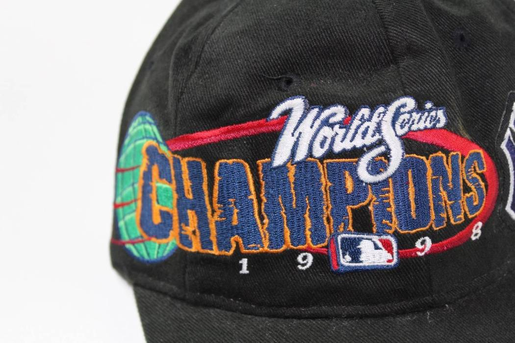 7b70547a24d Vintage Vintage 1998 New Era New York Yankees World Series Champions  Snapback Hat Black Size ONE