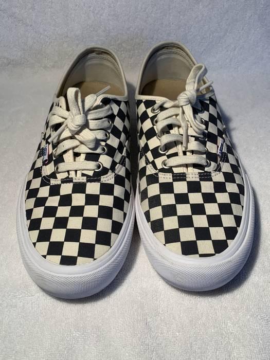 85e0620c187 Vans. Vans Authentic Pro Ultracush Checkerboard white navy low top sneaker