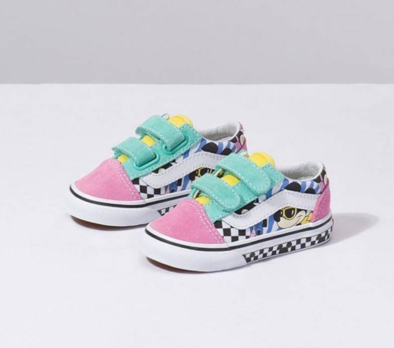 bdd67b25896cf0 Vans Vans Old Skool V (Disney)80 s Mickey   True    Toddler Size 5 ...