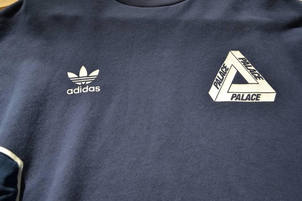 06f36434670a Palace Palace Adidas FW 16 TT Crew Sweater Night Indigo Size US M   EU 48