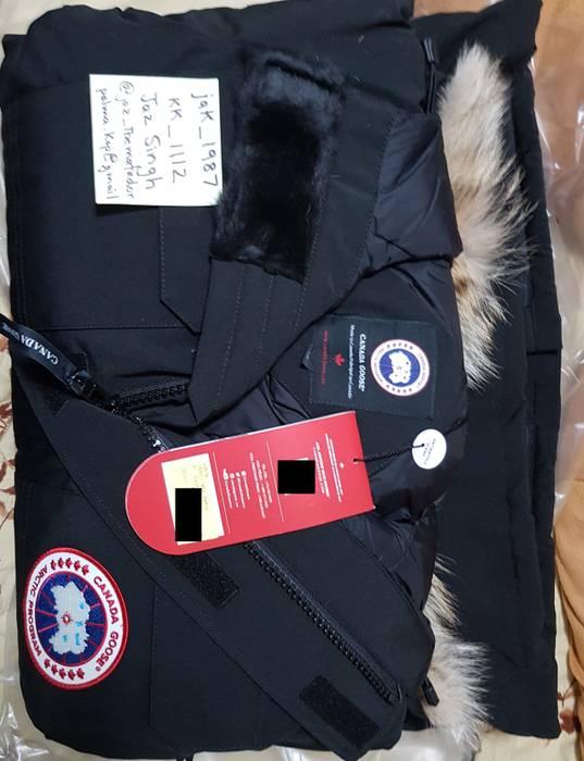 Canada Goose Citadel Parka BLACK LARGE CHATEAU EXPEDITION EMORY CARSON  LANGFORD Size US L   EU 358255c6c