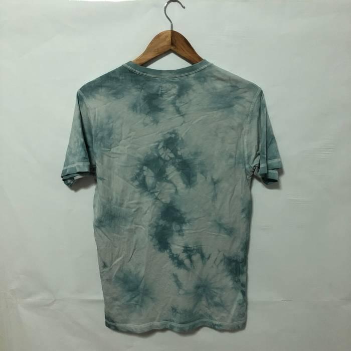 a50a6b7e02f1 Uniqlo Summer Essentials! Uniqlo X Led Zeppelin UK Tour 1969 Tie Dyed T- shirt