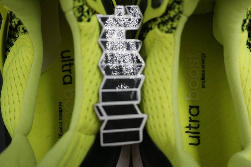 Adidas Adidas Ultra Boost 1.0 Volt Solar Yellow S77414 Size US 8   EU 41 - bfaf10570