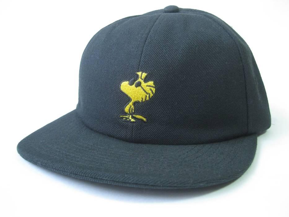 Vans Vans x Peanuts Jockey Hat VN0A36ISBLK Size one size - Hats for ... 2ab75ba418ff