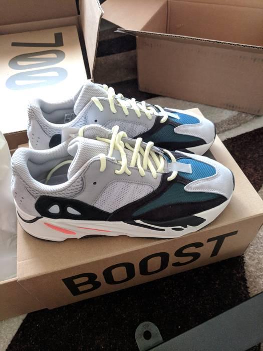 ca25124858ea Yeezy Boost adidas Yeezy Wave Runner 700 Solid Grey DEADSTOCK Size 9 ...