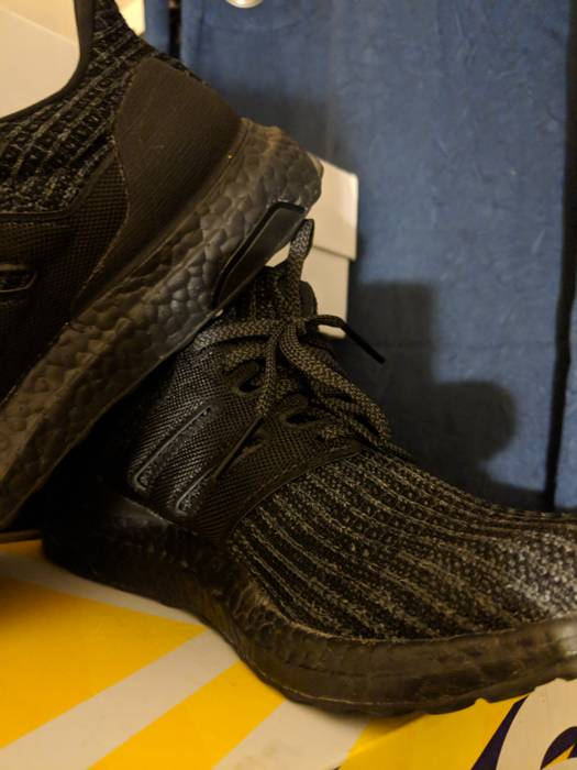 8c548362b Adidas UltraBoost Triple Black 4.0 Size 8 - Low-Top Sneakers for ...