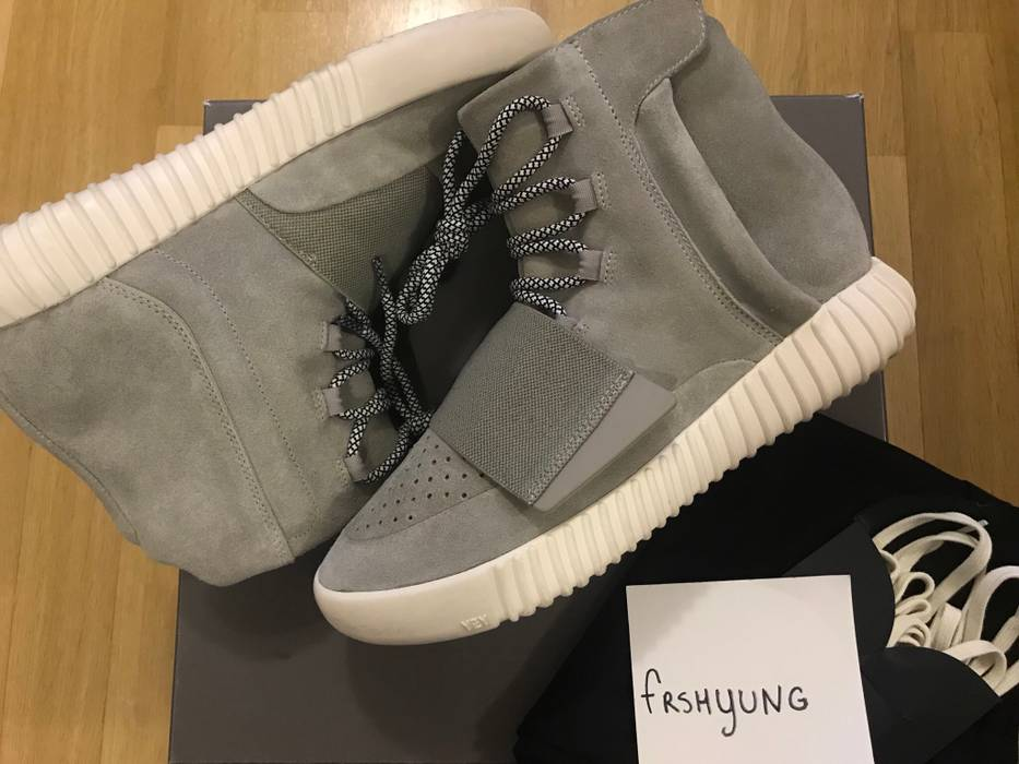 the best attitude 4a542 8e850 Adidas Kanye West Yeezy 750 Boost OG Light Brown B35309 Size US 8  EU 41