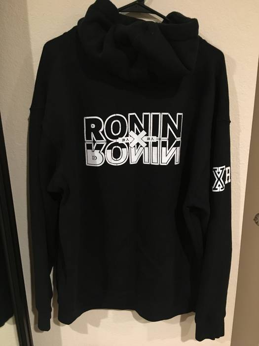 Ronin Division 99 Hunter X Hoodie Size US