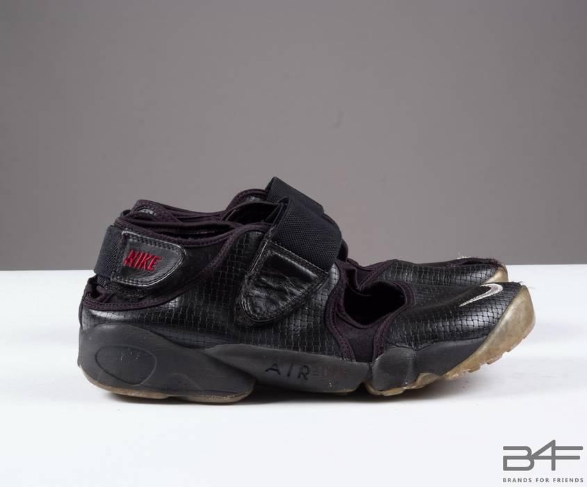 6c31005f8759 Nike Air Rift Wowen Black Leather Sandals Size 10 - Sandals for Sale ...