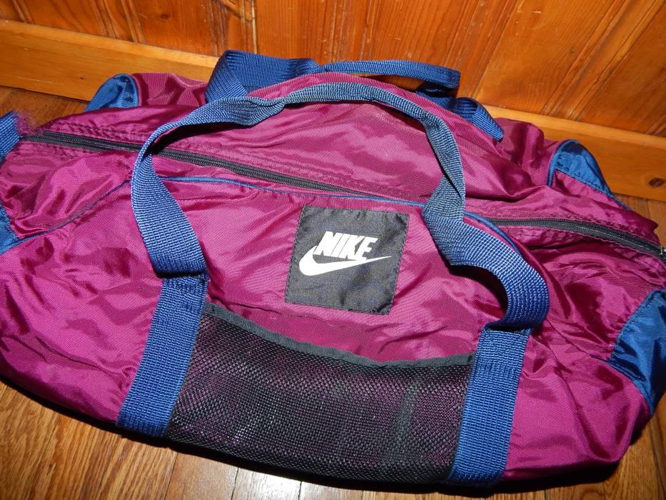 9ef4c7f9ecca Nike VTG Nike White Tag Duffel Bag Size one size - Bags   Luggage ...
