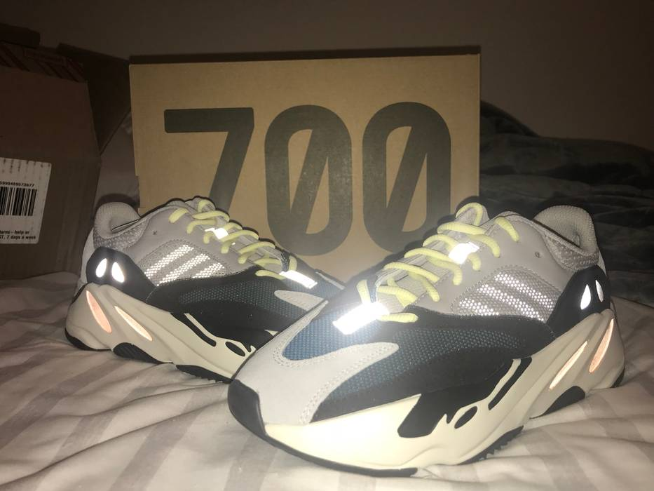 955cba4de7b Yeezy Boost Wave Runner 700 Size 7 - Low-Top Sneakers for Sale - Grailed
