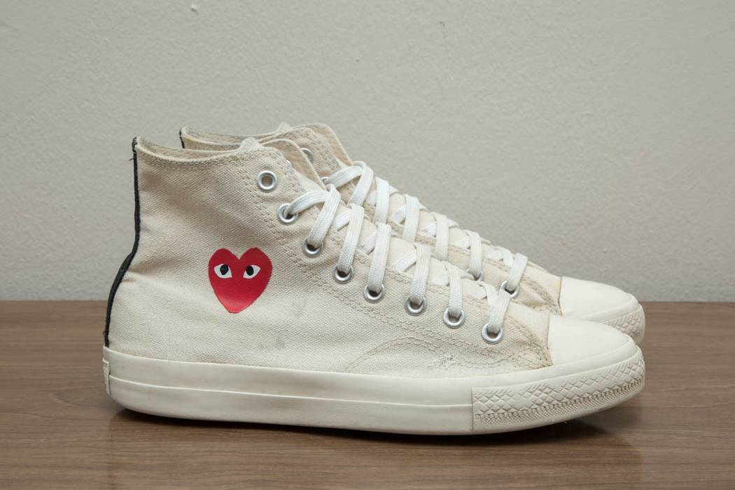 03121bb05f6c Converse Converse x Play Comme des Garcons white Size 8 Chuck Taylor CDG Small  Heart Size