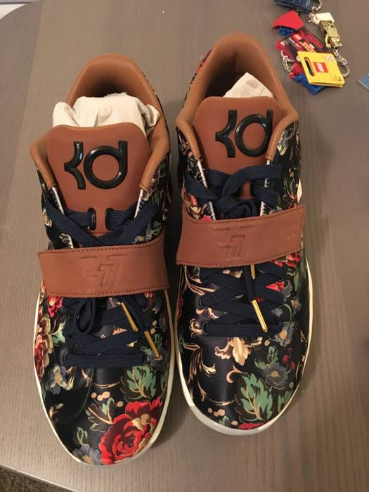 770bb7d34a48 Nike KD VII EXT Floral QS Size 11.5 - Low-Top Sneakers for Sale ...
