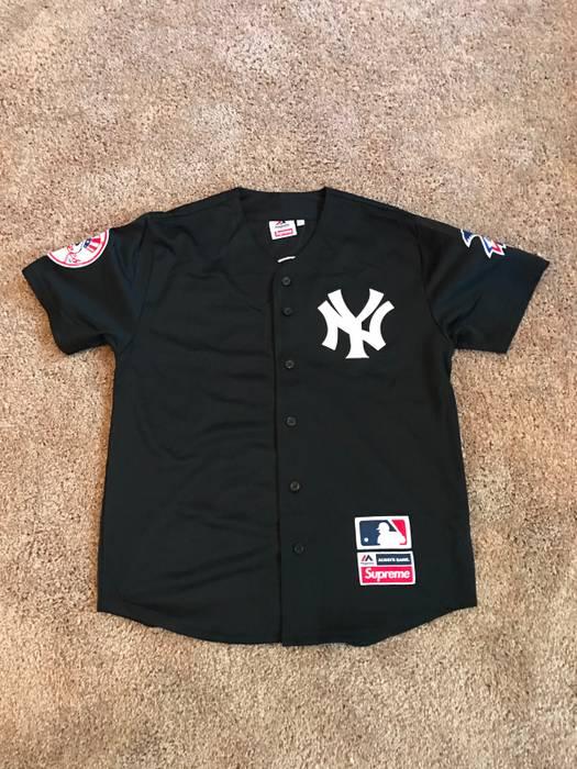 Supreme New York Yankees Jersey Supreme X Majestic black Size US L   EU 52- 3fe3fa8239e