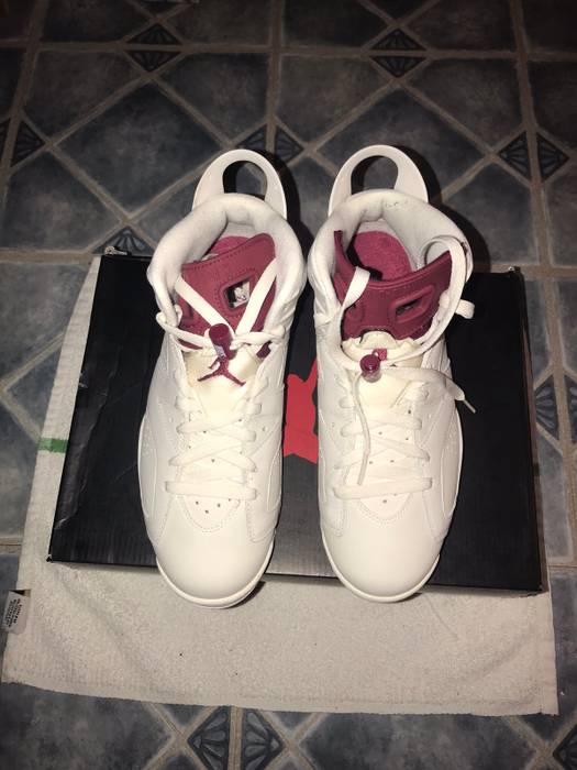 """Jordan Brand Air Jordan 6 """"Maroon"""" Size 8.5 - Hi-Top Sneakers for ... ae886e2bd"""