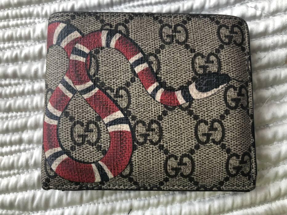 ed3a38bb41cf Gucci Gucci Kingsnake Snake Print GG Supreme Wallet Size one size ...