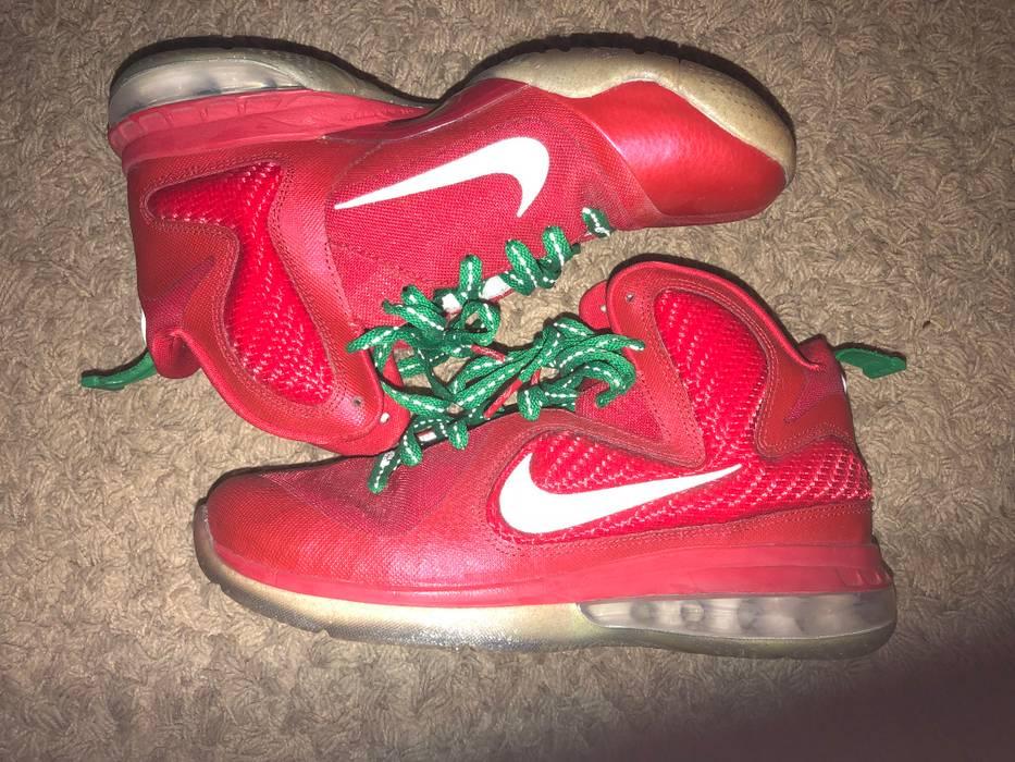 finest selection 0b06f 27c58 Nike. Nike LeBron 9 Christmas ...