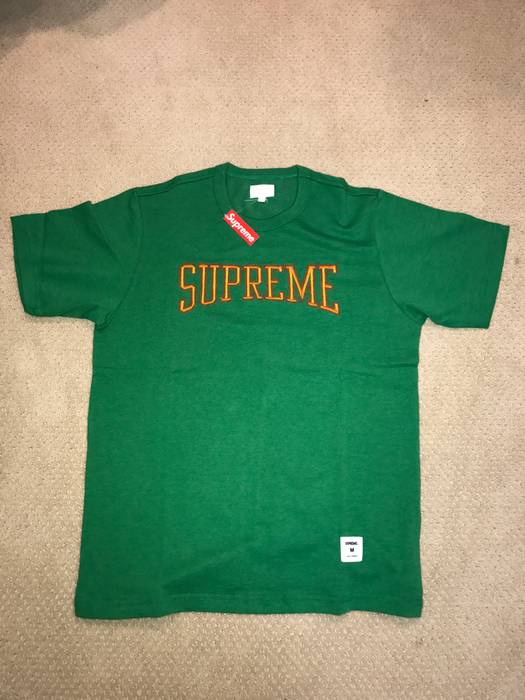 Supreme Supreme Dotted Arc Top Size m - Short Sleeve T-Shirts for ... 53cee5274a5