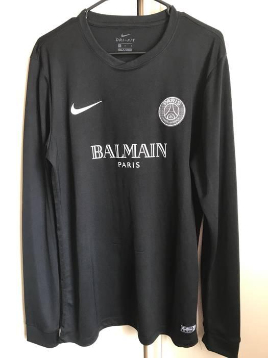 3f710984e Balmain Balmain x Nike (PSG Collaboration) Size l - Long Sleeve T ...
