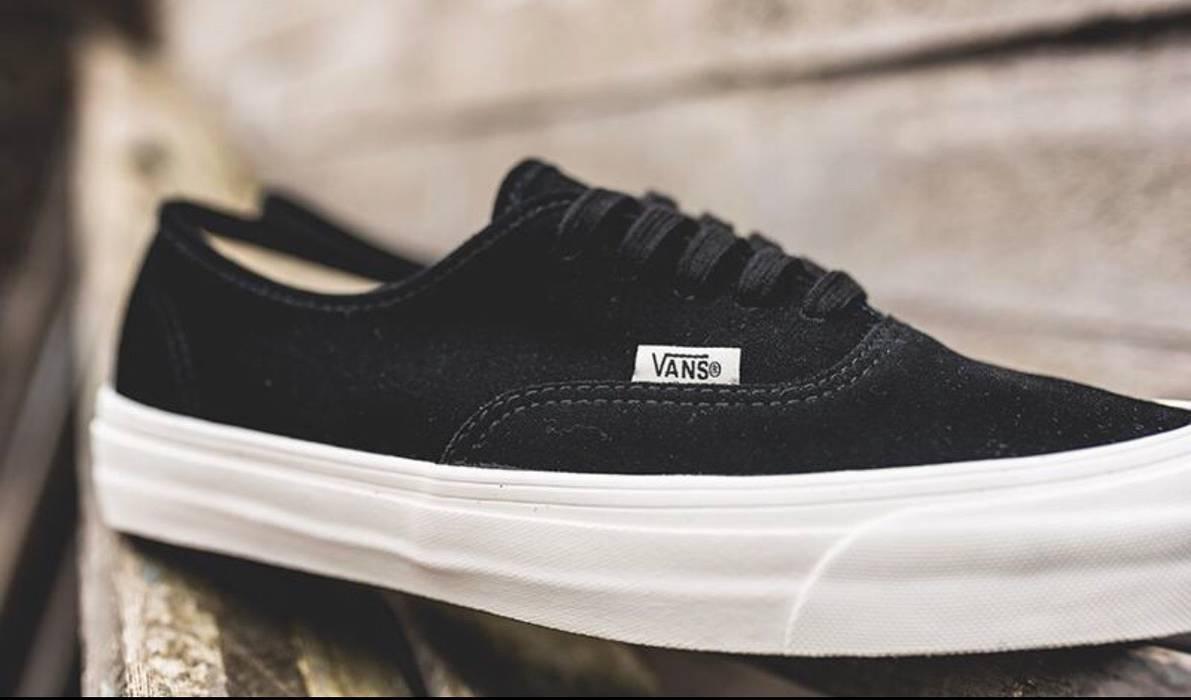 da9ec2e21b Vans Vans Vault OG Authentic LX Black Suede Size US 12   EU 45 - 2