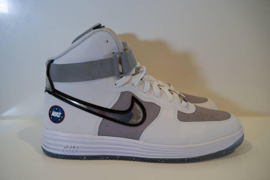 wholesale dealer 6dddd 872a2 Nike Nike Lunar Force 1 High WOW QS White Metallic Silver Size US 10