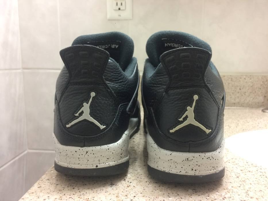 1332ba1d82194c Nike Nike Air Jordan 4 Retro Oreo Size 10.5 - Hi-Top Sneakers for ...