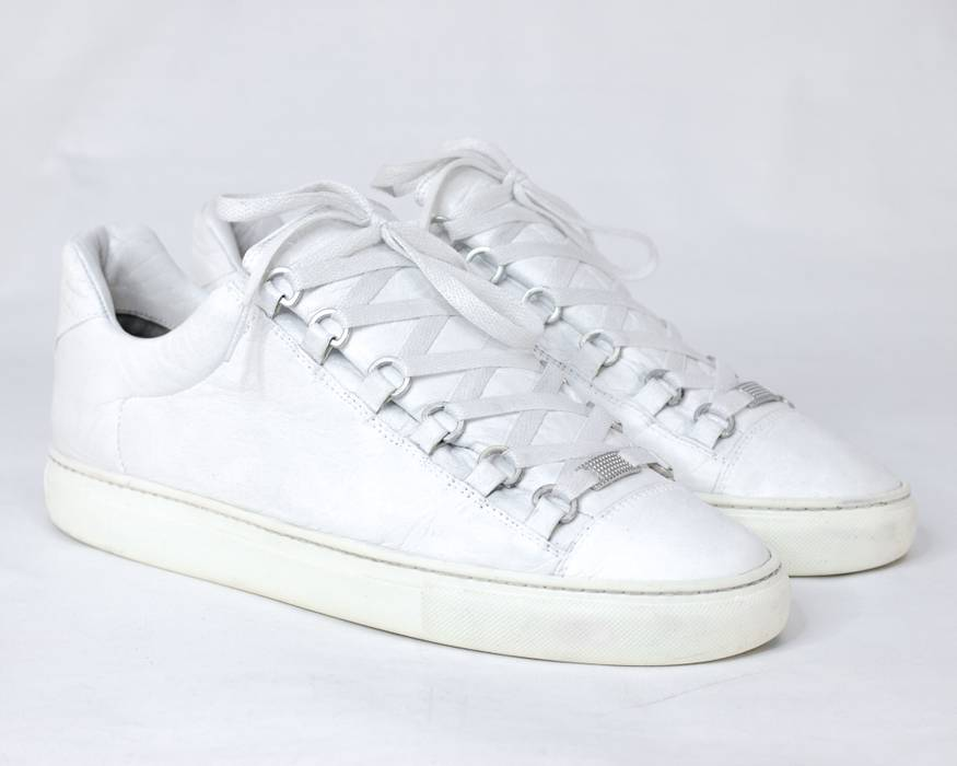 658583493356 Balenciaga Balenciaga Arena Creased Leather Low-Top Sneakers White Size US 9    EU 42
