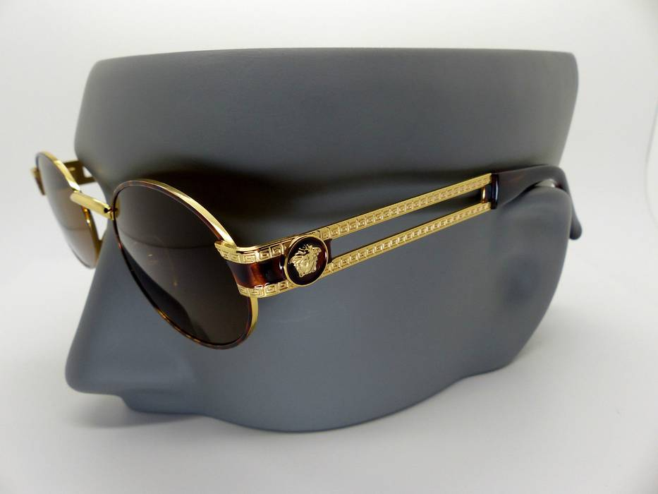 f322c9dc313 Versace Vintage Versace Sunglasses Size one size - Sunglasses for ...