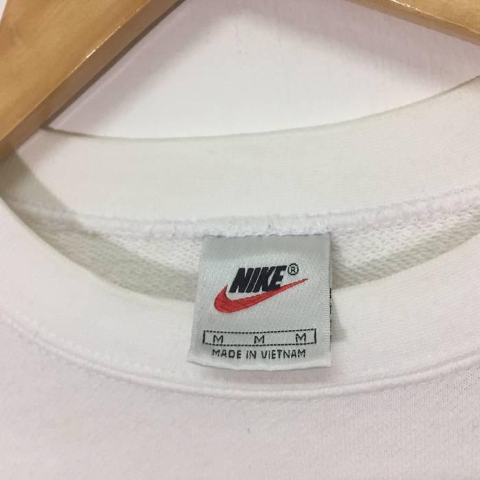 9d2e31f564 Nike Nike Sweatshirt Embroidery Small Logo White Size US S   EU 44-46
