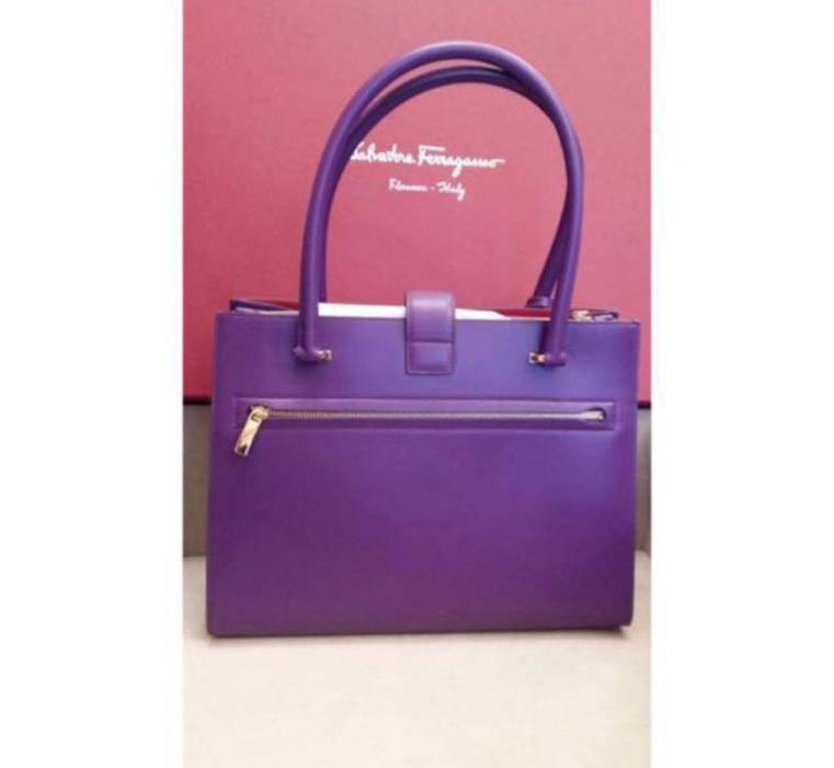 48bb02ddad2d Salvatore Ferragamo Marlene Tote Bag Size one size - Bags   Luggage ...