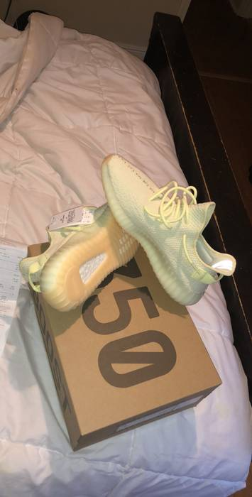 a2ede9718ea3 Yeezy Boost Yeezy 350 V2  Butter  Size 9.5 - Low-Top Sneakers for ...