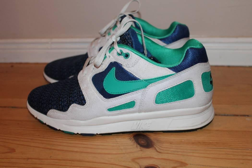 ... Nike NIKE Air Flow (Storm BlueNew Green - Summit White) size 9  temperament shoes ... 6e5bac64f