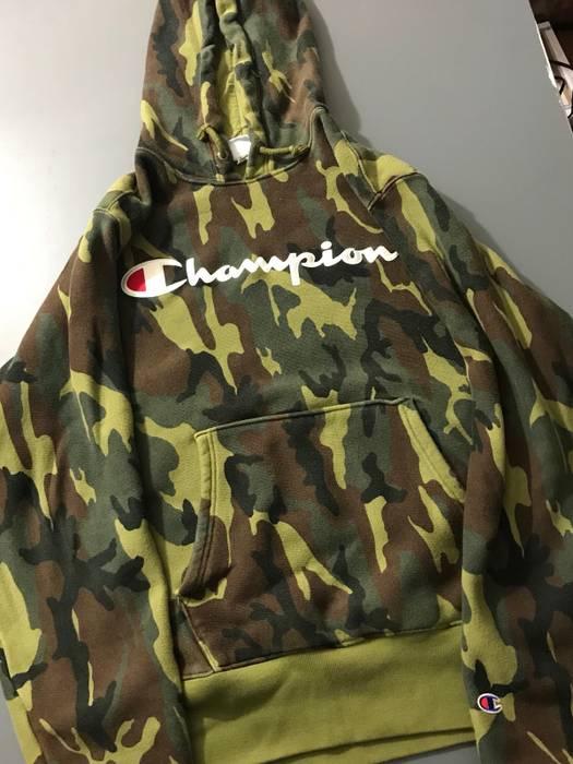 a9e05a7573b3 Champion Champion Camo Hoodie Size m - Sweatshirts   Hoodies for ...