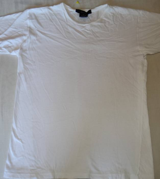 76626d64a5fcd Gucci Gucci white tee made in Italy size S (slim fit) Size xs ...