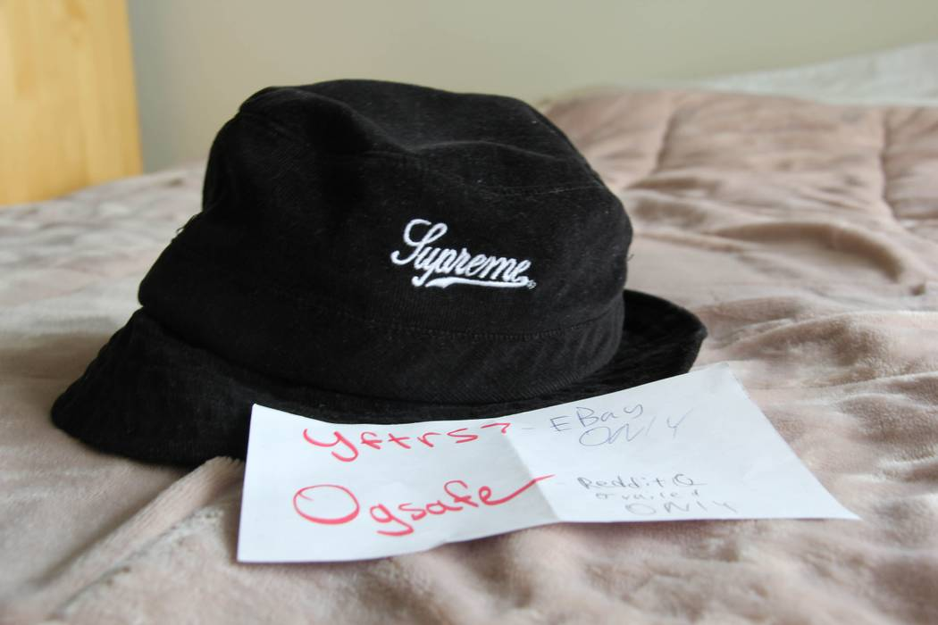 Supreme black corduroy bucket hat Size one size - Hats for Sale ... 6f847d0c2ba