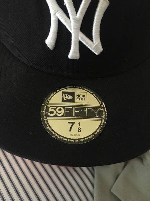 Lids Yankee 7 1 8 Fitted Hat Size one size - Hats for Sale - Grailed 21d218694c3