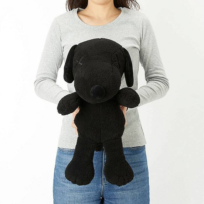 Kaws Kaws X Peanuts Snoopy Plush Toy In Midnight Black Large Size