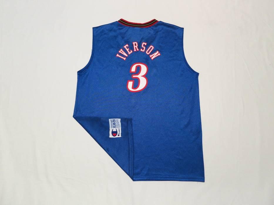 a3f0d9a0f Vintage Vintage Philadelphia 76ers Allen Iverson Champion jersey Size US S    EU 44-46